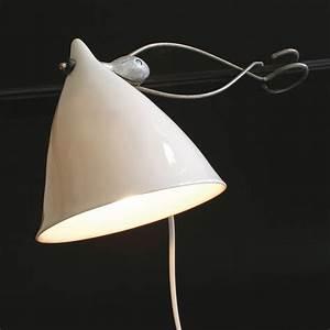 Lampe Pince Lit : les 25 meilleures id es de la cat gorie lampe a pince blanche sur pinterest appartement liste ~ Teatrodelosmanantiales.com Idées de Décoration