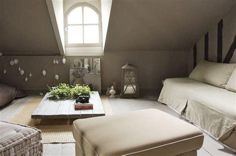 ambiance zen sous les toits un coin chez soi sur journal des femmes d 233 coration int 233 rieurs