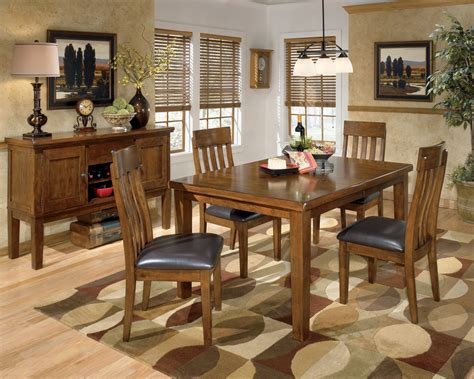 Ralene Rectangular Dining Room Set, D-, Signature