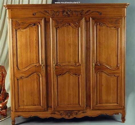 cuisine armoire en bois chaios armoires bois blanc armoire bois de licious armoires