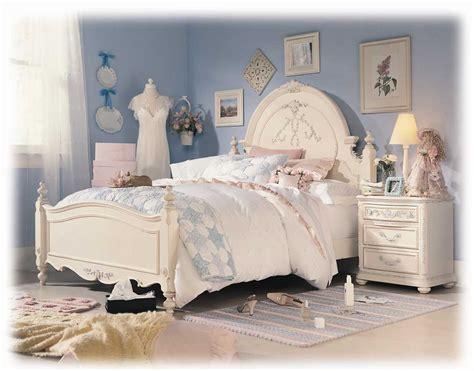 Lea Jessica Mcclintock Romance Panel Bed Furniture 203