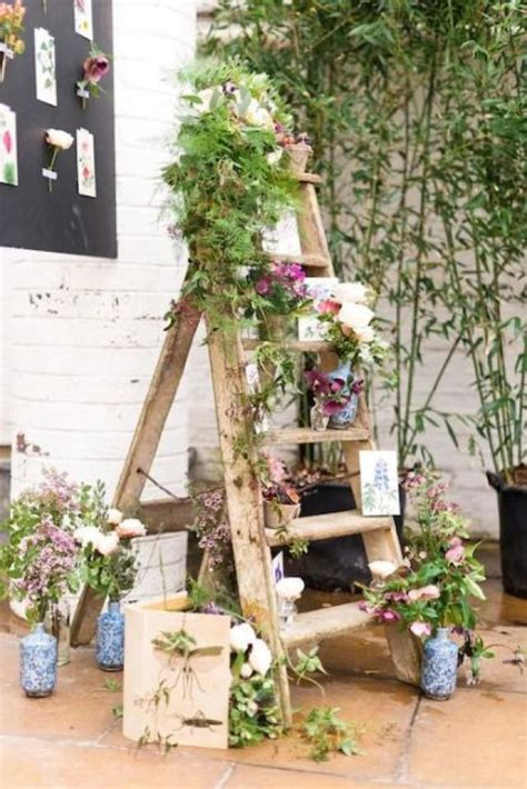 awesome ways  incorporate ladders   wedding