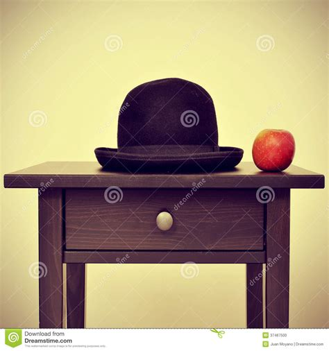 bureau apple bowler hat and apple homage to rene magritte painting the