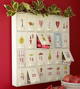 Calendrier de l39avent en bois papier ou tissu pour les for Salle de bain design avec calendrier de l avent en bois décoré