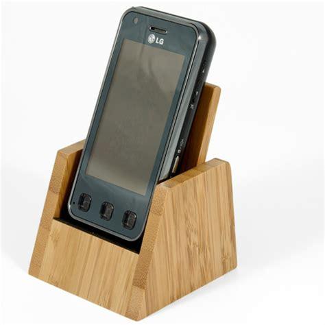 bureau en bambou porte telephone ecologique cadeau publicitaire