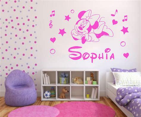 deco chambre minnie minnie mouse décoration de chambre pour bébé