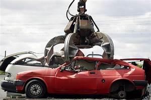 Quels Documents Pour Vendre Sa Voiture : mettre sa voiture la casse quels sont les d marches ~ Medecine-chirurgie-esthetiques.com Avis de Voitures