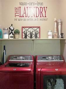 Adorable Antics: Laundry Room Decorations (on NO budget)
