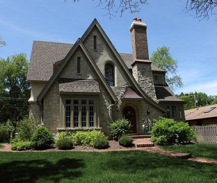English Cottage Style Home Love The Roof Linesha Reminds