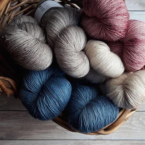 yarn types explained  crochet beginners   choose