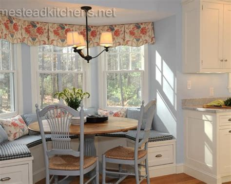 Bay Window Banquette Home Design Ideas, Pictures, Remodel