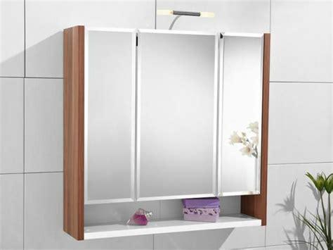 Badezimmer Spiegelschrank Mit Schiebetüren by Ehrf 252 Rchtig Badezimmer Spiegelschrank Mit Beleuchtung