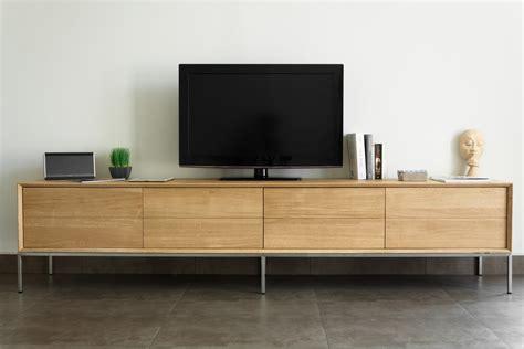 table de salon en bois meuble tv en chêne massif 2 tiroirs 2 portes rabattables