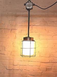 Vintage Lampen Berlin : vintage fabriklampe kaufen fabriklampen industrielampen industriem bel ~ Markanthonyermac.com Haus und Dekorationen