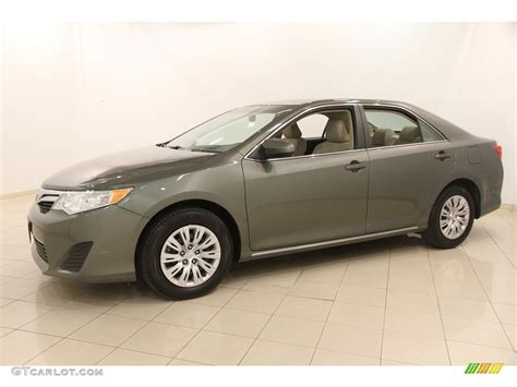 2014 Toyota Camry Colors by 2014 Cypress Pearl Toyota Camry Le 116919881 Photo 3