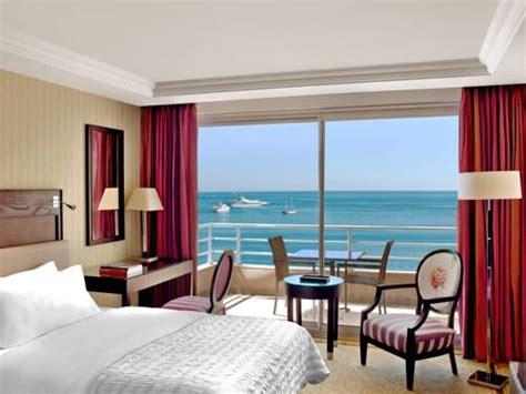chambre d hotel luxe chambres suites de l 39 hôtel hôtel méridien plaza