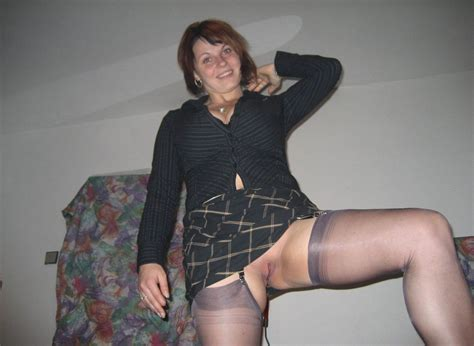 Naked Amateur Wives From Nextdoor In Home Orgies Pichunter