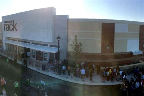 nordstrom rack virginia prince george s shoppers line up for new nordstrom rack wtop