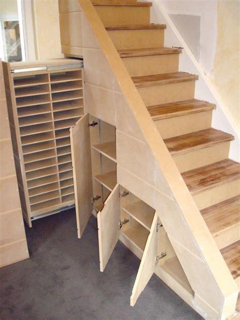 rangement sous escalier rangement placard sous escalier