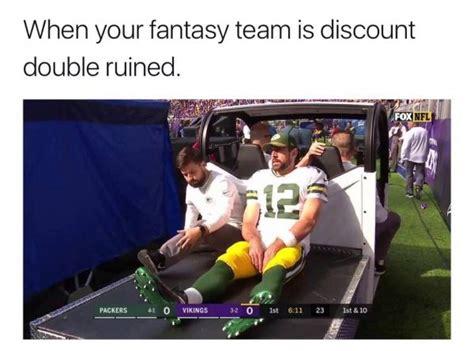 memes  aaron rodgers broken collarbone green