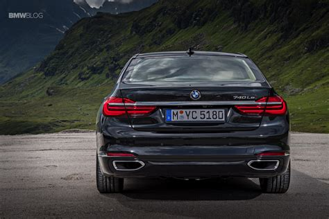 Car Magazine Drives Bmw 740e Xdrive Iperformance