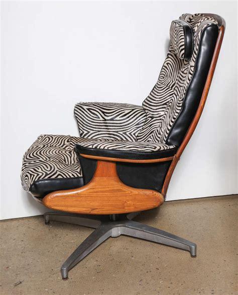 heywood wakefield chair and ottoman heywood wakefield lounge chair and ottoman at 1stdibs