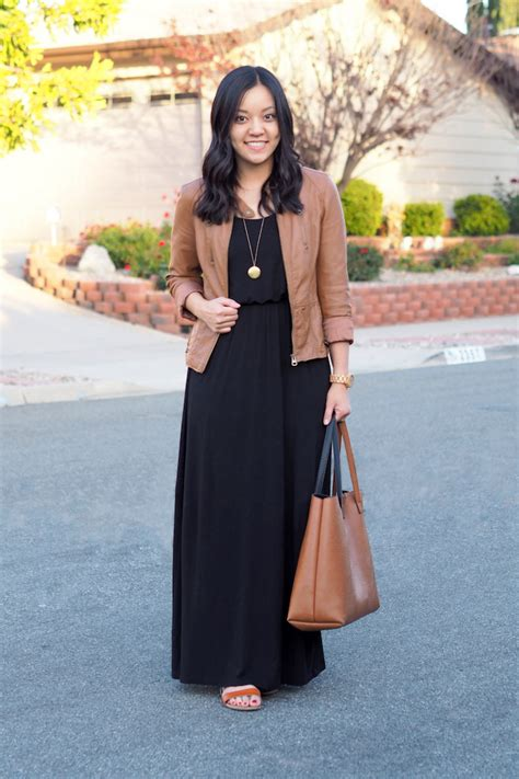 A Tip for Wearing Maxi Dresses in Cooler Weather - Putting Me Together