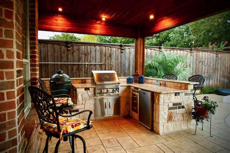 kamado style charcoal grills  outdoor kitchens dallas