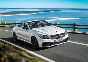 Mercedes Classe C Blanche : la mercedes amg c 63 cabriolet se d voile au salon de new york 2016 l 39 argus ~ Gottalentnigeria.com Avis de Voitures