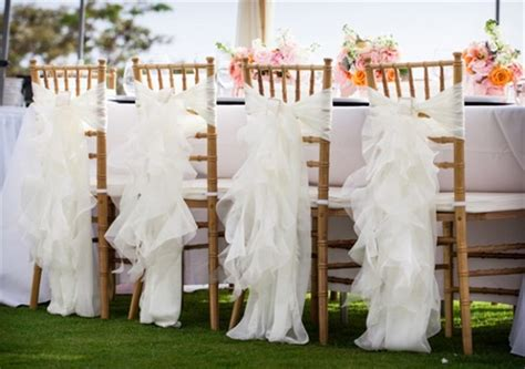 7 Stylish Wedding Chair Covers To Try