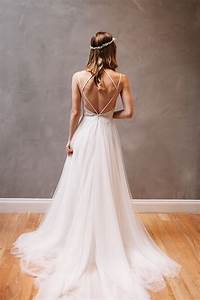 Sexy backless wedding dress beautiful backless wedding for Strappy wedding dress