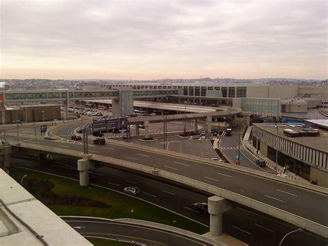 Fileterminal E, Logan International Airport, Bostonjpg
