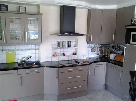 changer de cuisine enchanteur changer poignee meuble cuisine avec ranovation