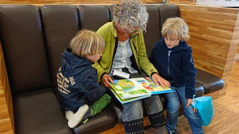 Pētījums: mazbērnu pieskatīšana pagarina vecvecāku dzīves ...