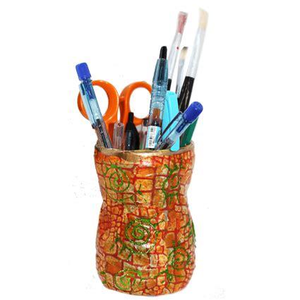 pot de crayon a fabriquer pot 224 crayons d 233 copatch t 234 te 224 modeler