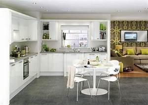 Weisse Küche Mit Holzarbeitsplatte : wei e k che mit grauer arbeitsplatte ~ Eleganceandgraceweddings.com Haus und Dekorationen