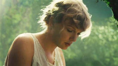 taylor swift folklore easter eggs swifts