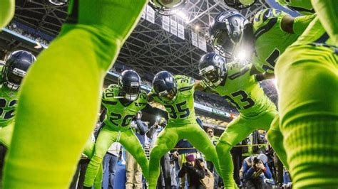 poll       seahawks action green