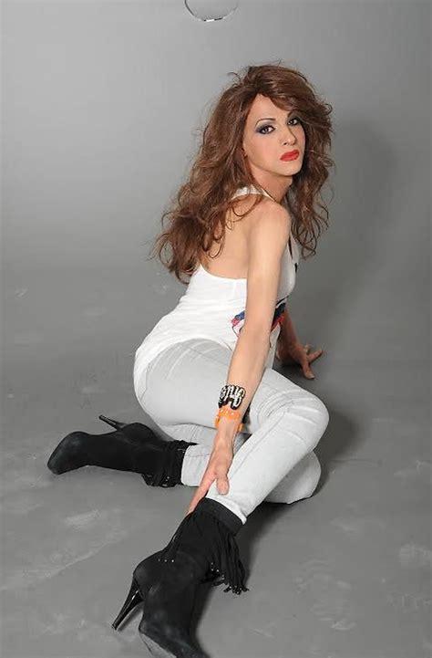 Ynetnews Culture - Dana International to sing in BBC special