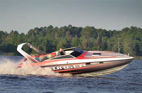 Boat Radar Manufacturers by The Chris Craft Stinger Arch Troubled Waters