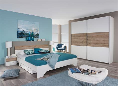 chambre adulte blanche chambre bleu nuit et blanc design de maison