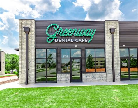 Dental insurance comes under the jurisdiction of health insurance still it is separately recognized. Dentist in Fayetteville AR for Family & Cosmetic Dentistry