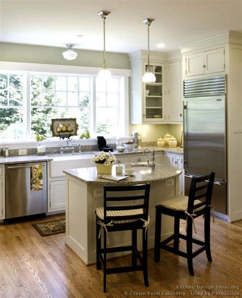 kitchen island ideas small space cottage kitchens photo gallery and design ideas