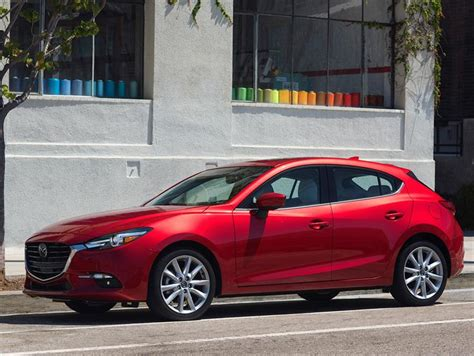 mazda  hatchback  grand touring aut nuevo color