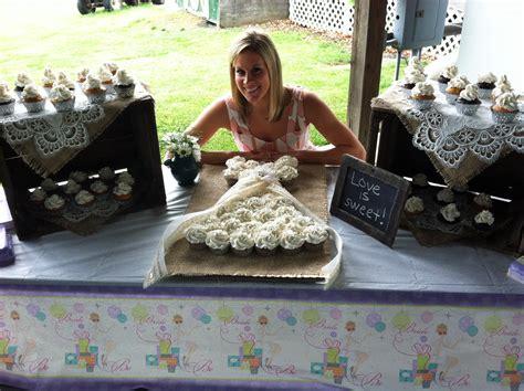 Burlap And Lace Wedding Shower Cupcake Wedding Dress Cake