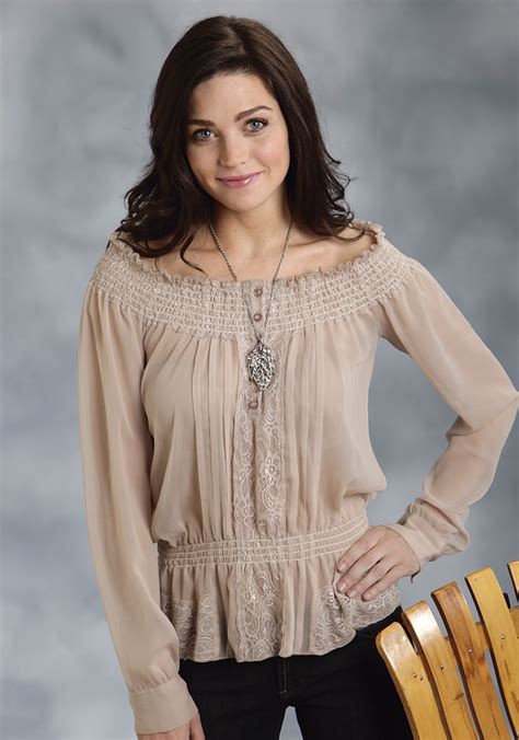 peasant blouses roper 39 s taupe and lace sleeve peasant