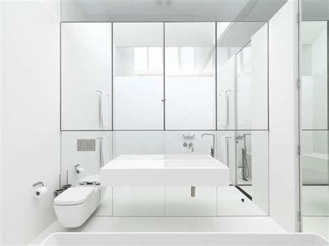 and crisp white bathrooms pivotech