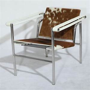 Le Corbusier Lc1 : le corbusier lc1 basculant chair cowhide the lc1 sling chair in ponyskin ~ Sanjose-hotels-ca.com Haus und Dekorationen