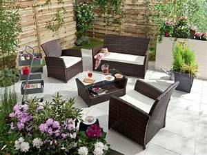 Salon Pour Balcon : petit salon de jardin pour balcon chaise de jardin resine maison email ~ Teatrodelosmanantiales.com Idées de Décoration