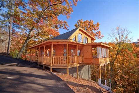 summit cabin rentals pigeon forge cabins with awesome views summit cabin rentals